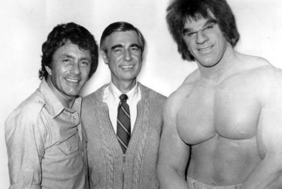 Classic-Hulk-vs.-Mr-Rogers-570x382